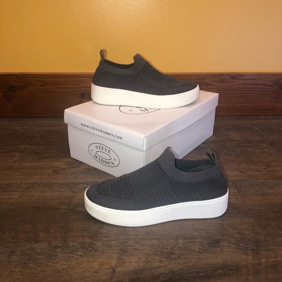 Steve Madden Beale Grey Slide In Shoes
